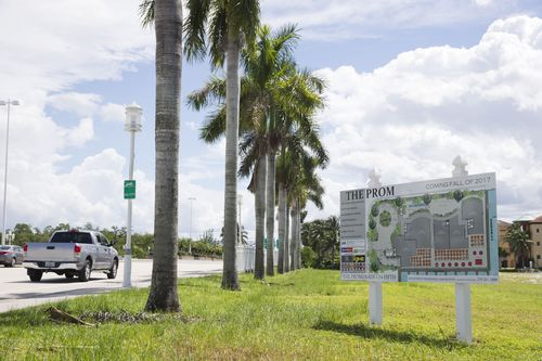 Naples' Downtown Promenade Approved